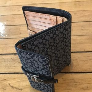 Coach Bags - Coach Purse and Wallet